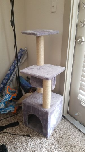 Cat Scratching Post for Sale in Denton, TX