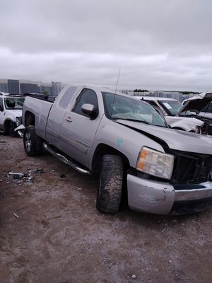 2008 chevy Silverado for parts!!! for Sale in Grand Prairie, TX