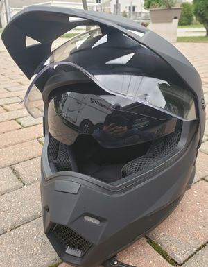 New motorcycle helmet flat black with flipped down tinted screen size XL for Sale in Morton Grove, IL