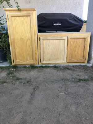Kitchen cabinets 40 each or make me an offer for Sale in Apple Valley, CA