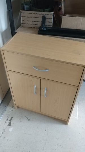 Small drawer dresser cabinet for Sale in Lynnwood, WA