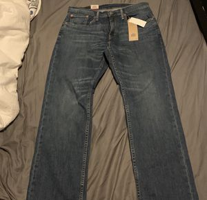 Men's Levi Jean NWT for Sale in Pataskala, OH