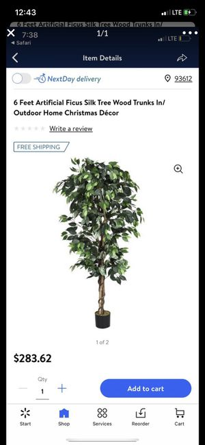 Artificial tree 6 feet for Sale in Fresno, CA