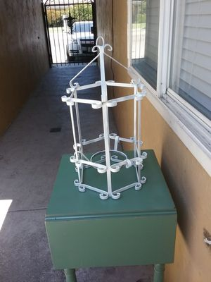 Little plant stand for Sale in Stockton, CA