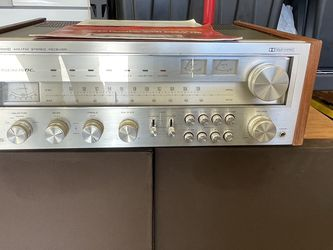 Sta2000 Realistic Big Receiver & Speakers for Sale in Haslet,  TX
