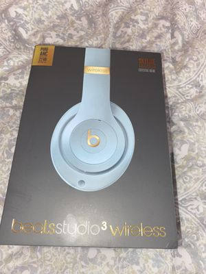 Beats studio 3 wireless for Sale in Shafter, CA