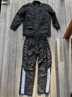 Triumph motorcycles rain suit XL men for Sale in Aloha,  OR