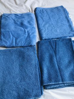 Like New $3 Each Cotton Towels for Sale in Los Angeles,  CA