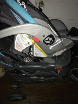 Baby's car seat and stroller for Sale in Hendersonville, NC