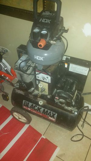 Air compressor canborn 2 and a half hp for Sale in Washington, DC