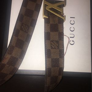 Louie vuitton belt for Sale in Fresno, CA
