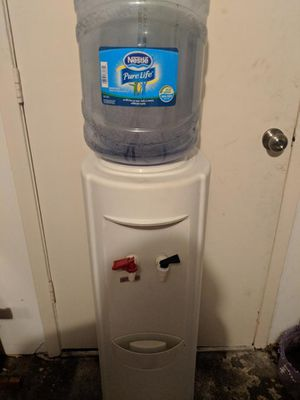 Water Cooler COLD AND HOT for Sale in Houston, TX