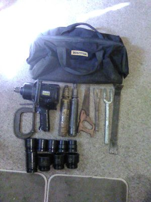 Air impact wrench and sockets for Sale in Vestal, NY