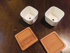 "3.4"" Ceramic white succulent pots with the bamboo trays!!! for Sale in San Jose, CA"