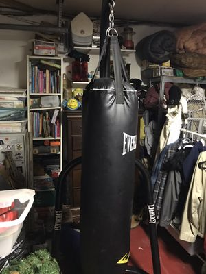 Punching bag for Sale in Spring Valley, CA