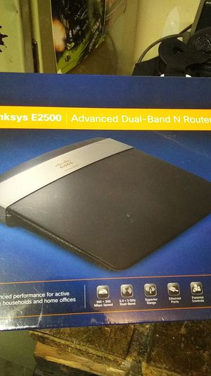 Linksys E2500 dual band router new in box for Sale in Marysville, WA
