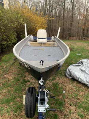 12 ft fishing boat for Sale in Mahopac, NY