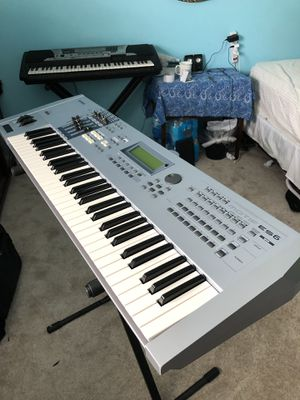 Yamaha motif ES6 como nuevo,,like new for Sale in Alexandria, VA