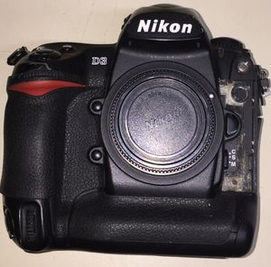 Nikon D3 DSLR camera body only for Sale in Rockville, MD