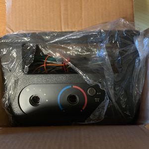 2006 Ford Taurus Radio Kit With Wires And Switchs for Sale in Seattle, WA