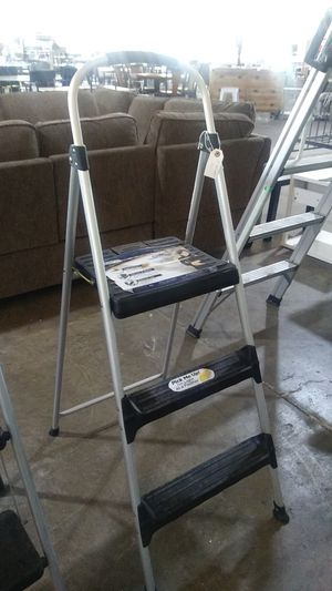 3 step ladder for Sale in Dallas, TX