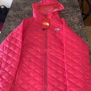 North Face Single Layered Bubble Jacket for Sale in Stroudsburg, PA