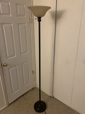 Floor lamp for Sale in CRYSTAL CITY, CA