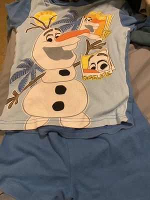 Olaf pajamas size 7 for Sale in Brea, CA