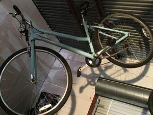 Schwinn Meridian woman's bike for Sale in Houston, TX