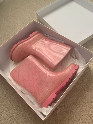 Gucci- rain boots for Sale in Lorton, VA