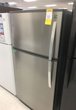 Kenmore 21 cu ft Top Mount Refrigerator for Sale in Montrose, CO