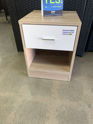 Mcombo Nightstand 1 Drawer Nightstand End Table Side Table Bedroom Furniture 9800W for Sale in Bell Gardens, CA