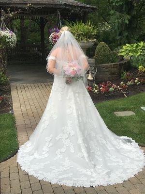 Pronovias Oliola Dress for Sale in VLG OF LAKEWD, IL