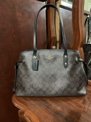 Coach handbag for Sale in Huntington Park, CA