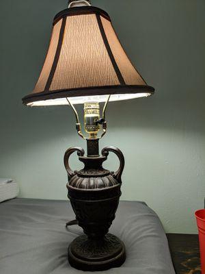 Vintage 70's sidetable/desk lamp for Sale in Austin, TX