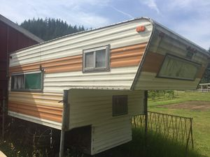 8' truck camper for Sale in Auburn, WA