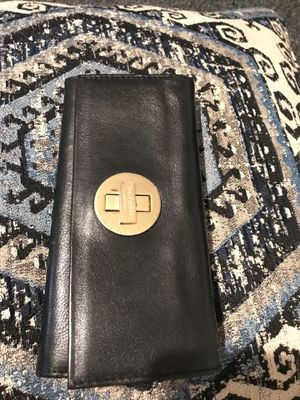 Kate spade ♠️ wallet for Sale in Costa Mesa, CA