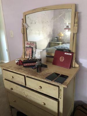 Antique dresser with mirror for Sale in Santa Clara, CA