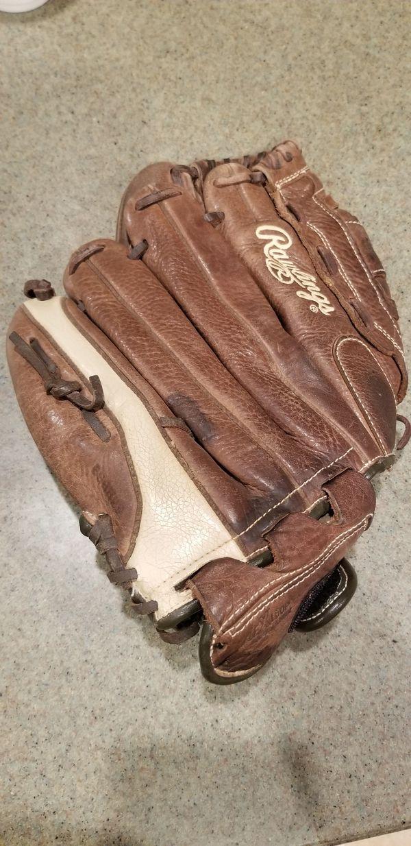 "12.5"" Rawlings baseball softball glove broken in"