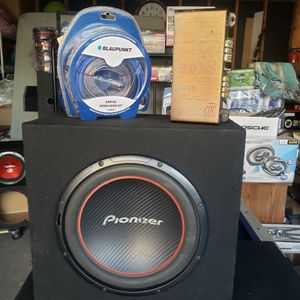 12 Inch And Amplifier And Kit for Sale in Los Angeles, CA