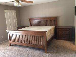 KING BEDROOM SET *BED *DRESSER *NIGHTSTANDS end tables for Sale in Glendale, AZ