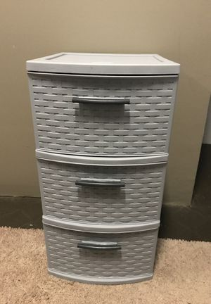 Sterilite Weave Plastic Drawers for Sale in Boring, OR