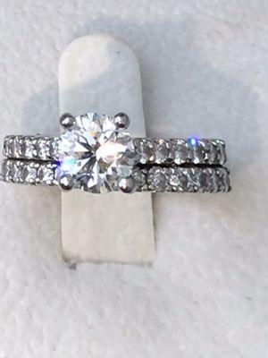 Ladies Diamond Engagement/Wedding Ring for Sale in Pickerington, OH