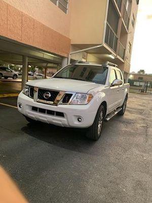 Nissan frontier for Sale in Hialeah, FL