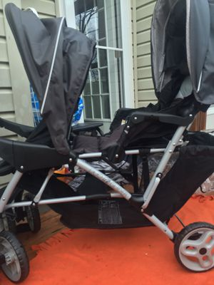 Stroller-Brand: Garco size: Twin for Sale in Woodbridge, VA