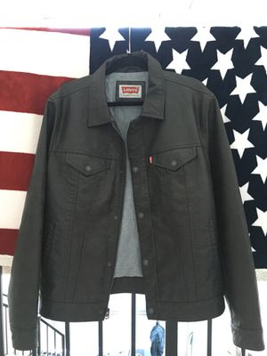Levi's brown leather jacket for Sale in Miami, FL