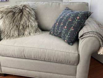 Stone & Beam Kristin Chair And A Half Upholstered Sleeper Sofa for Sale in Puyallup,  WA