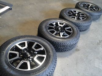 """18"""" TOYOTA TUNDRA TRD WHEELS AND TIRES for Sale in Fontana,  CA"""