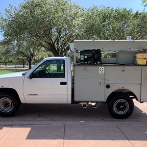 2000 Chevrolet C3500 Commercial Generator And Air Compressor Included ! for Sale in Fort Worth, TX