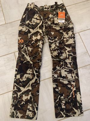 Women's First lite, Alturas Pant, Fusion Camo for Sale in Puyallup, WA